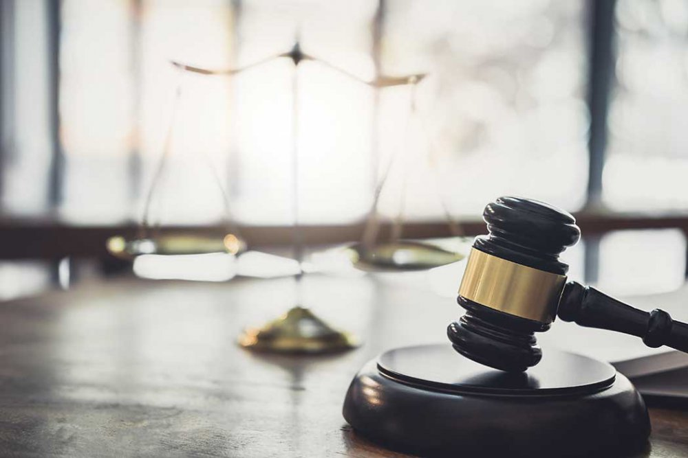 משפט-אזרחי